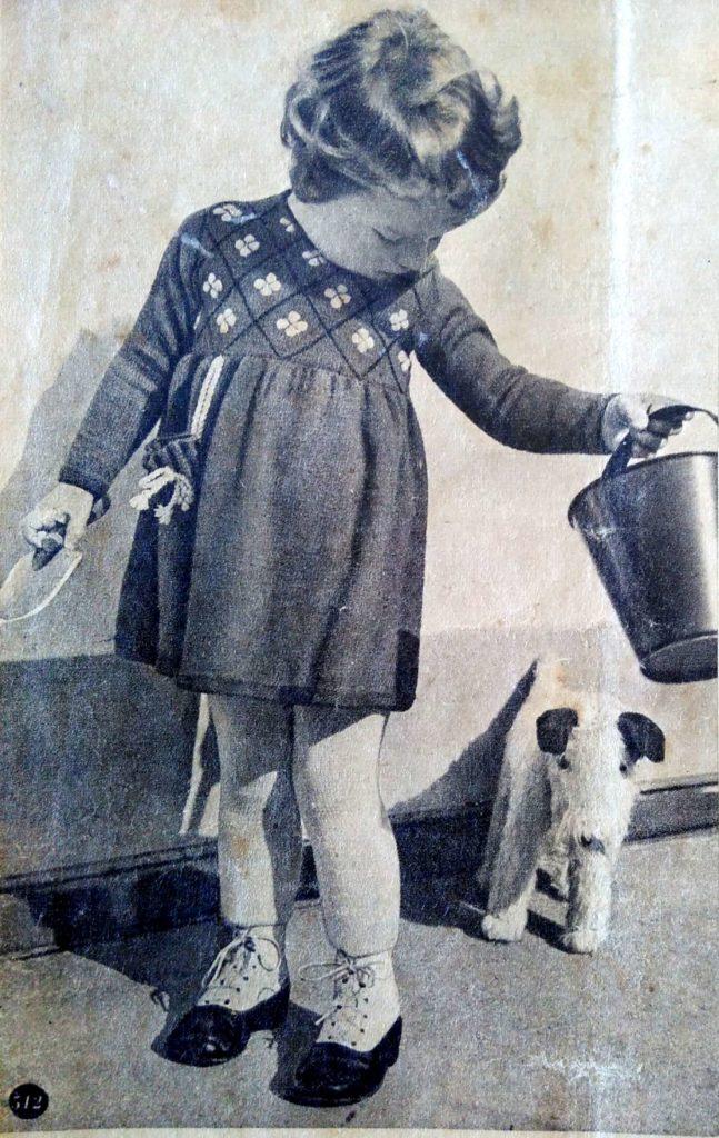 De Breistaat: ABC Zwitschersch Brei-Album, Meisjesjurkje, leeftijd 2-3 jaar, Model Brenk-Braun, Basel - Vintage knitting