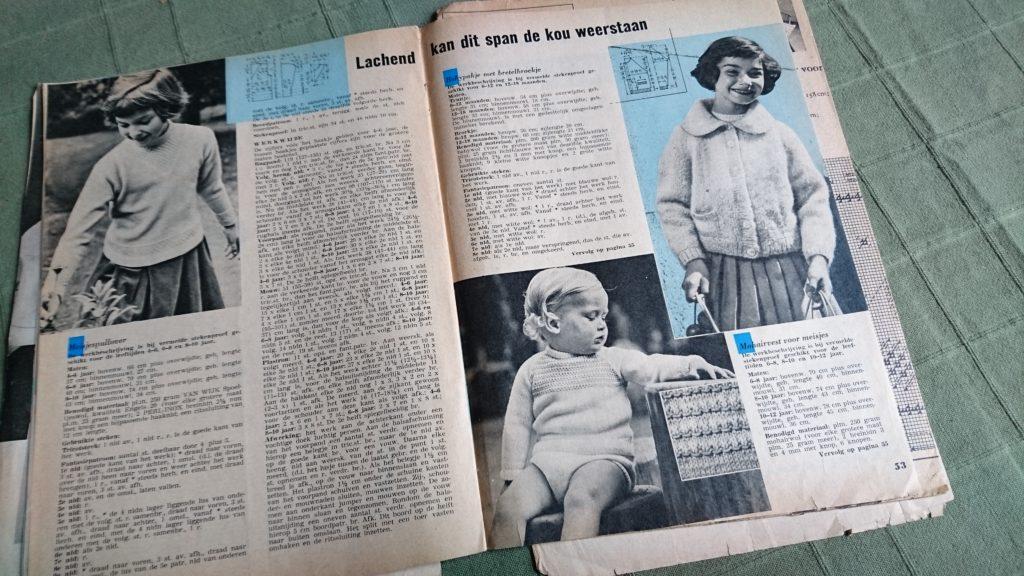 Breistaat vintage breien patroon baby truitje Ariadne Maandblad voor Handwerken februari maart 1960